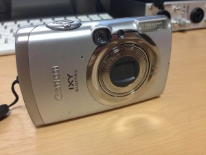 Canon IXY DIGITAL 810IS