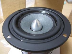Tangband W3-1319SA 8cm 竹繊維混合ペーパーコーン フルレンジユニット