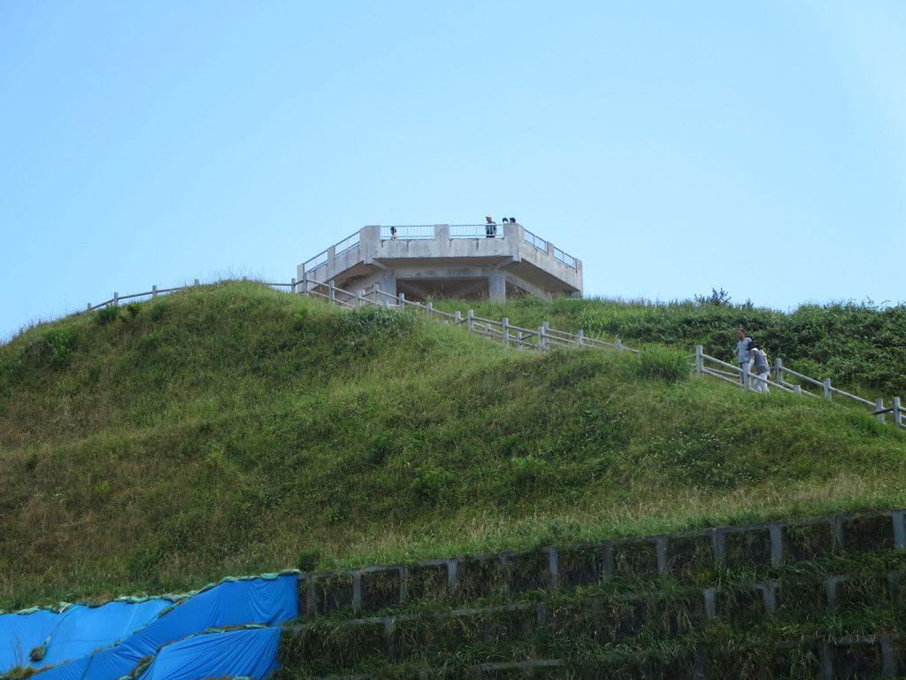 階段でしかいけない展望台
