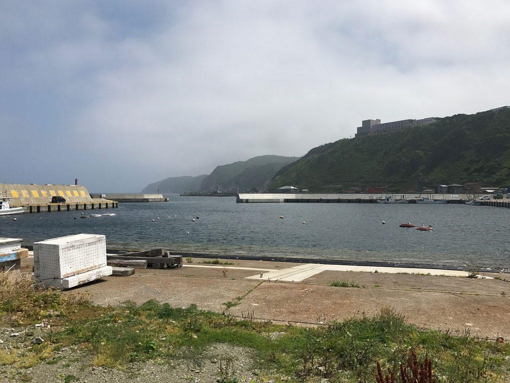 津軽半島最北端、帯島はただの港でした