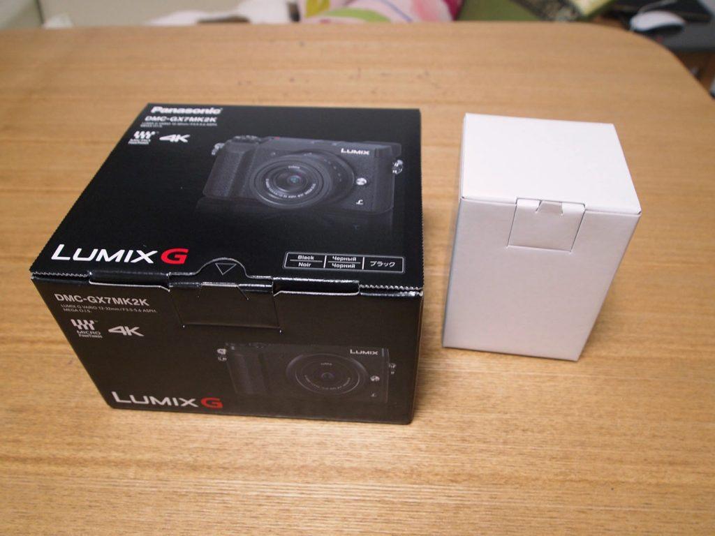 GX7MK2外箱と付属レンズ